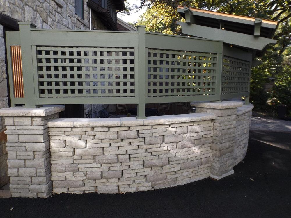 milz patio curved wall.JPG