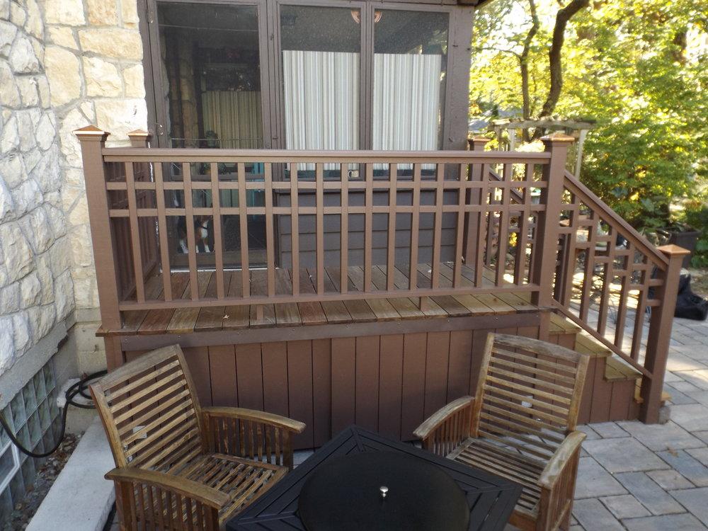 milz patio deck 2.JPG