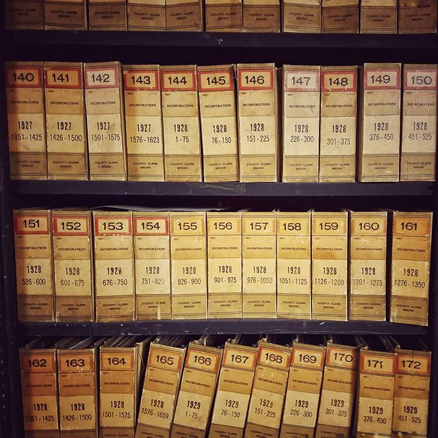 Visiting new repositories can be intimidating. On today's blog, learn how to do genealogy research at the Bronx County Courthouse. ⚡Link in bio⚡ . . #genealogy #bronx #bronxsupremecourt #bronxcountycourthouse #bronxcounty #bronxny #bronxnyc #bookshelf #book #books #oldbooks #records #naturalization #research #cityrecords #nyc #repository #blog