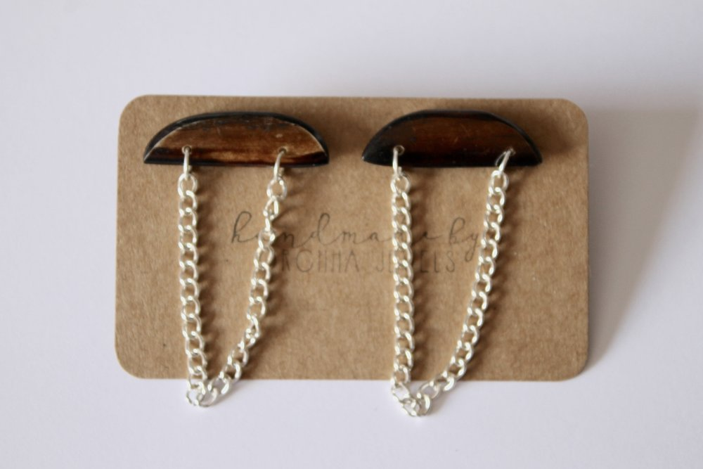 Half moon earrings   - Materials: recycled African bone beads & silver curb chains