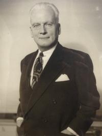 George P. Byrne Senior.JPG