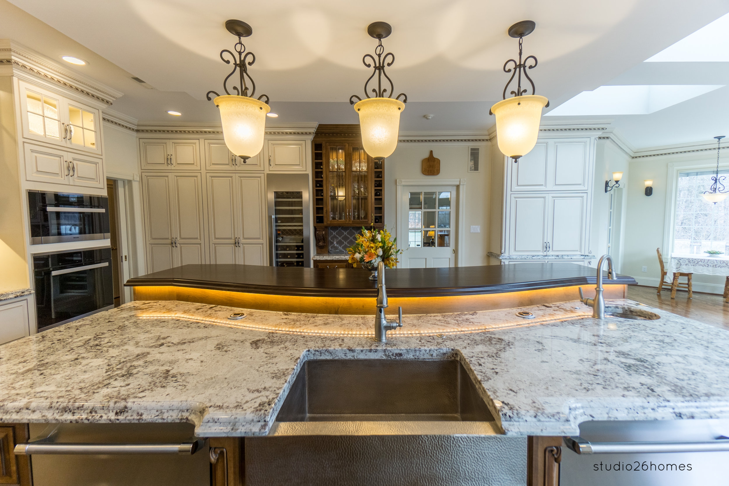 An Introduction To Significant Elements For Kitchen Cabinets