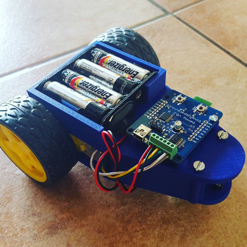 With partners SiGNL Inquisition has developed an educational robot, Benny. Benny is a customisable bot which allows us to teach prototyping, electronics, and concepts related to the internet of things.