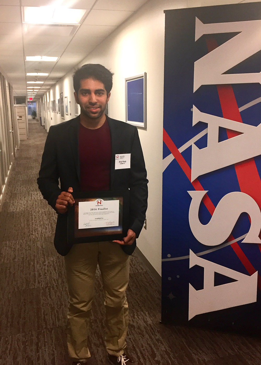 "InnaMed, Inc. was named a top three innovator for their ""Microfluidic Blood Device Utilizing Electrochemical Sensing."" Anup Singh holds a certificate recognizing InnaMed as a 2016 NASA iTech finalist."