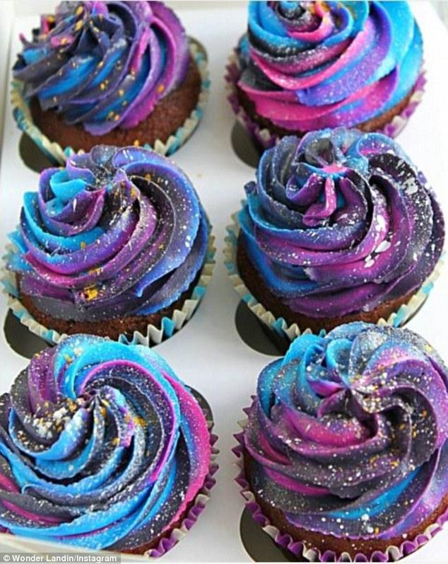 space cupcakes.jpg