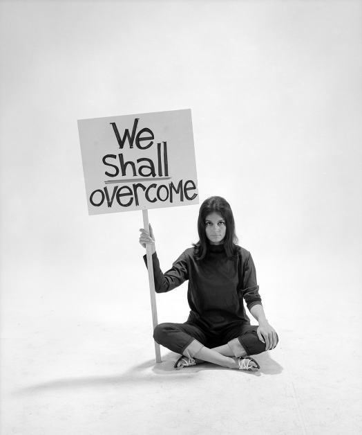 Photograph of Gloria Steinem by Yale Joel, 1965