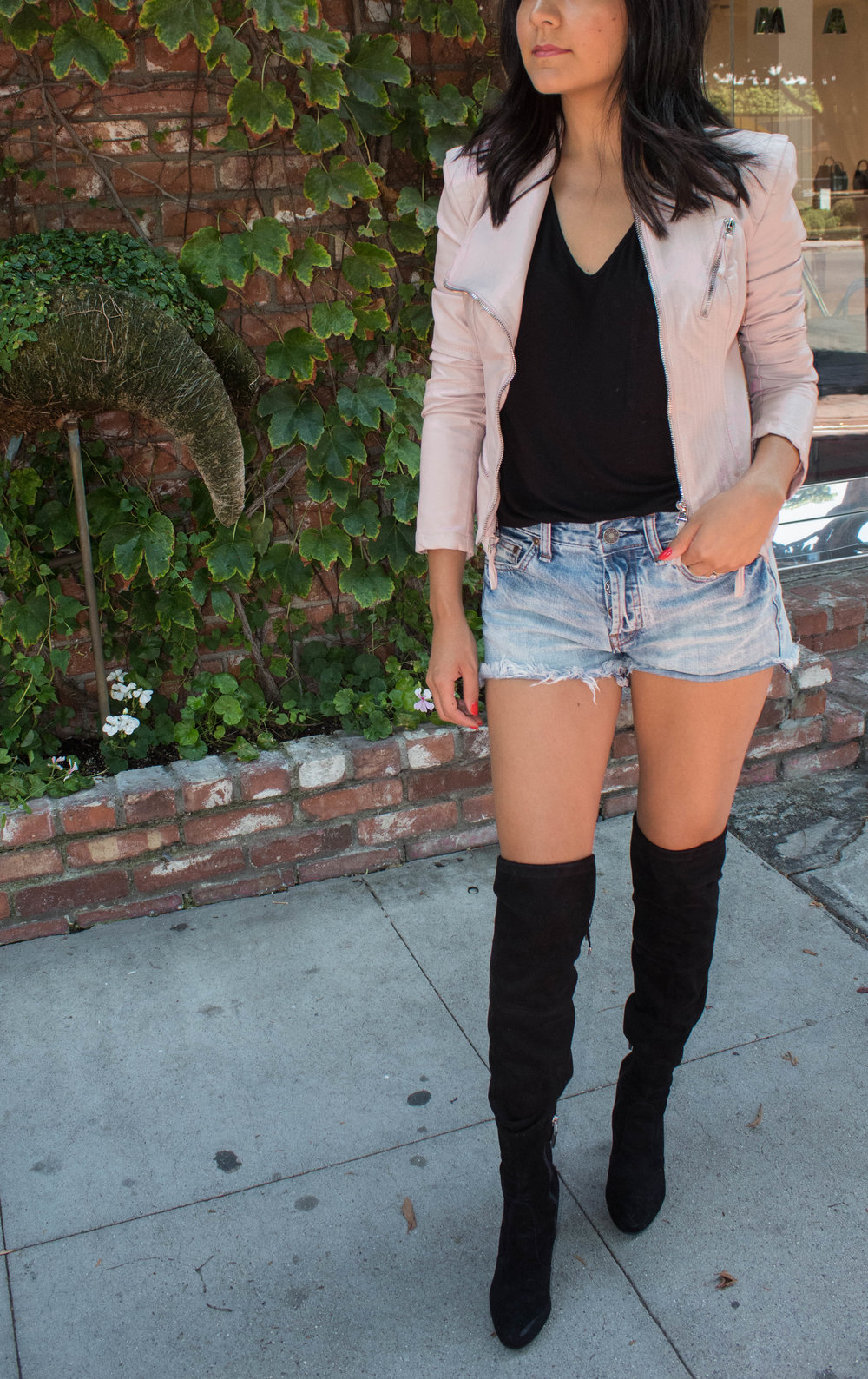 Casual Style. Over the knee boots.