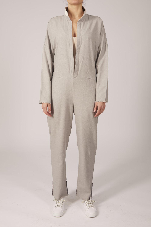 Wolcott Robes10840164_cr.jpg