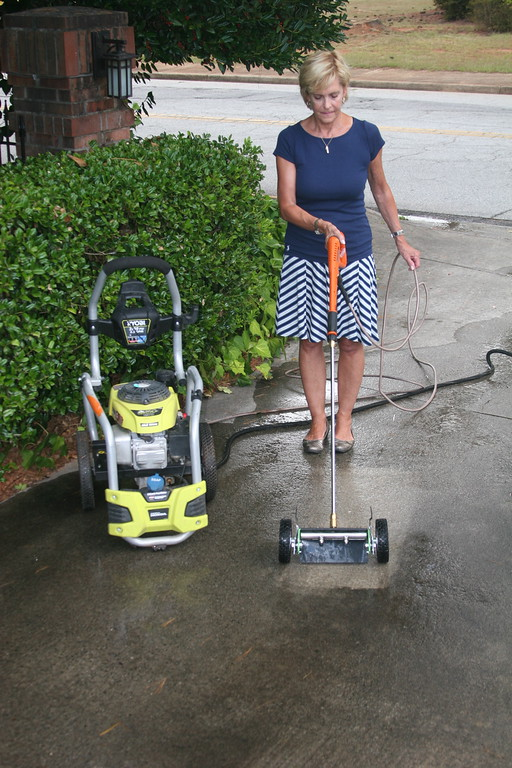 Flat surface pressure washer