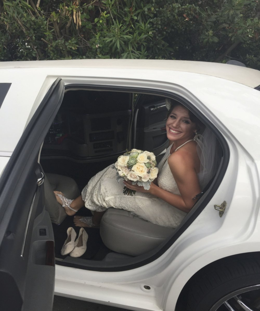 Mandi in limo.jpg