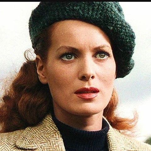 Happy 95th birthday to iconic actress Maureen O'Hara! #icon #maureenohara #actress #happybirthday #howgreenwasmyvalley1941 #miracleon34thstreet