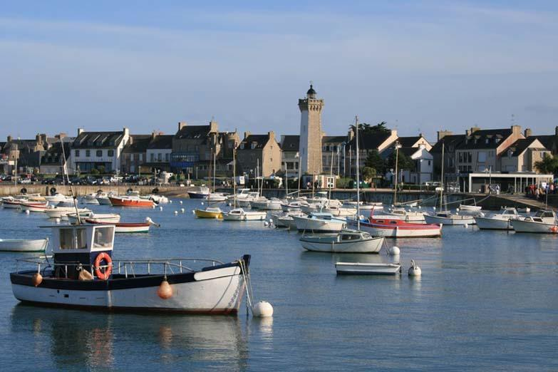 port_de_roscoff_large_rwd.jpg
