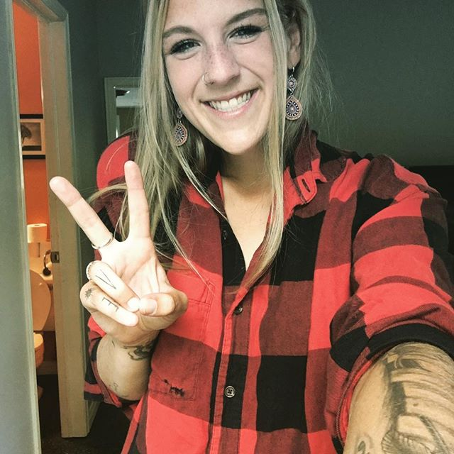 Pre gig ✌️ & 🧀 . . . #music #livemusic @danbysroadhouse #work #hard #me #musician #weekend #singer #peace #love #smile #plaid #onelove #gig #ottawa