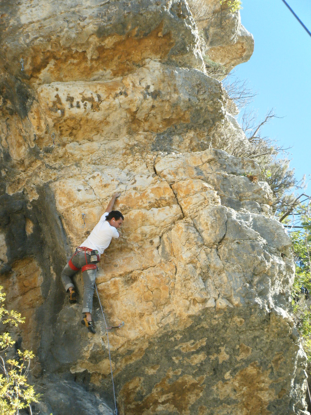 Ulric Rousseau on Les Enfants Terribles 7a+