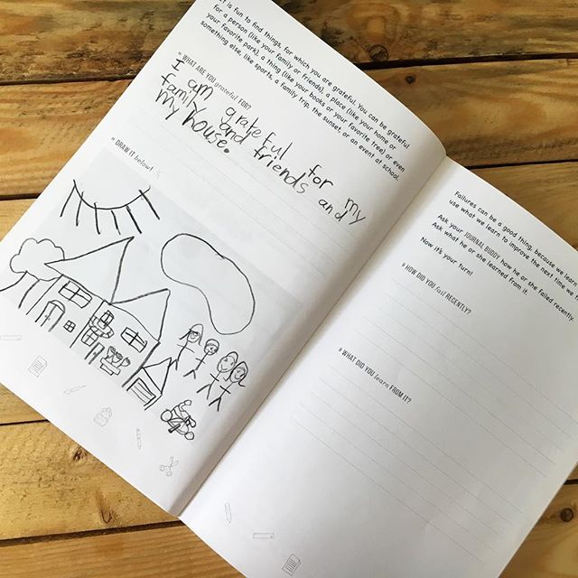 Only a few days left to pre-order the Big Life Journal! (follow the link in the profile). We are so looking forward to seeing pictures of what your kids are grateful for! ☺️