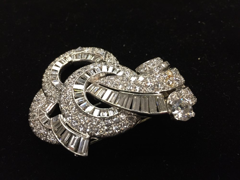 Platinum & Diamonds Broche