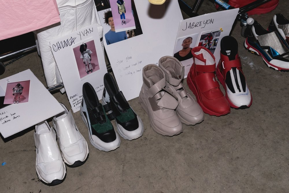 http-%2F%2Fbae.hypebeast.com%2Ffiles%2F2017%2F09%2Fvfiles-backstage-4.jpg