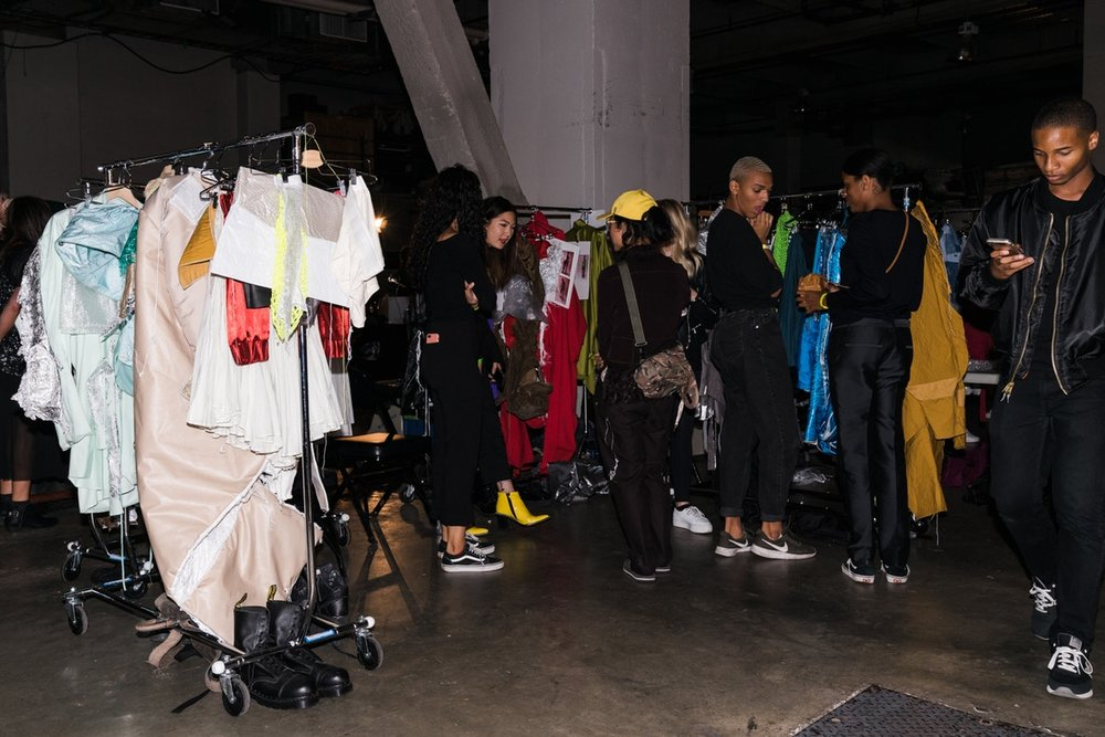 http-%2F%2Fbae.hypebeast.com%2Ffiles%2F2017%2F09%2Fvfiles-backstage-12.jpg
