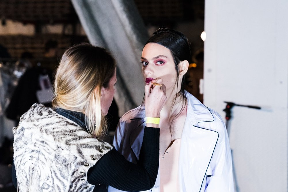 http-%2F%2Fbae.hypebeast.com%2Ffiles%2F2017%2F09%2Fvfiles-backstage-16.jpg