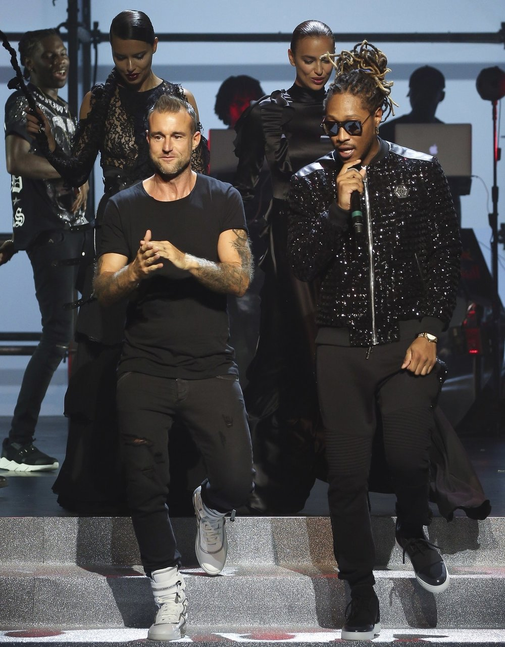 Philipp Plein - Bridging the gap between the art of music and the art of fashion, Plein gives us a collection perfectly meshing the two incorperating rappers into the show as models and performers