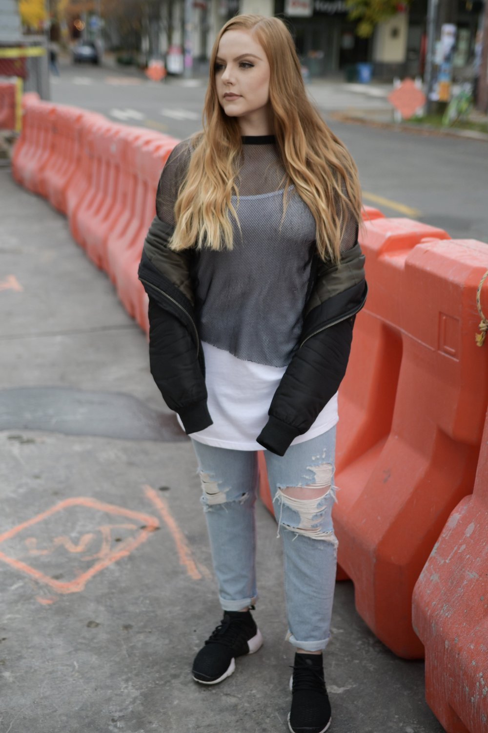 - If I'm not wearing yoga pants + a cropped sweatshirt you'll find me in distressed jeans and a tee.My goto outfit always includes some pair of Nikes, black outerwear and a casual top.