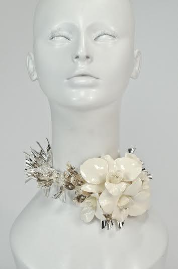 Bridal neck 1