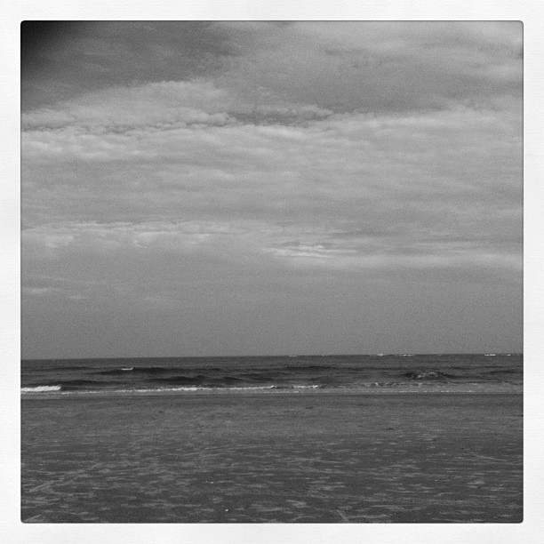 Waves. (Taken with Instagram at 90th Street Beach)