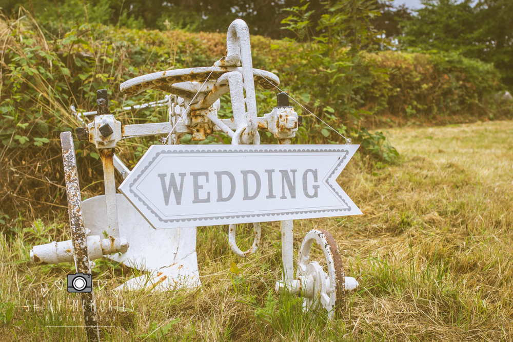 shiny memories wedding photography - north wales - pentremawr country house-Neil Emma-02808.jpg