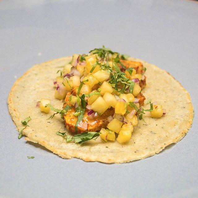 ¡Cobia al pastor!  Uno de los favoritos de anoche en el Kitchen Take Over con @tacoslaneta.