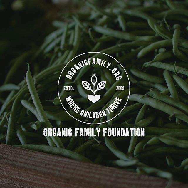 We love eating organic food and try and buy organic as much as possible and support the local farmers and coops offering it. So we were stoked to create this logo for the guys at organic family which will come in to use shortly. #organic #food #healthyliving #logo #goldcoast #shoplocal #graphicdesign #branding
