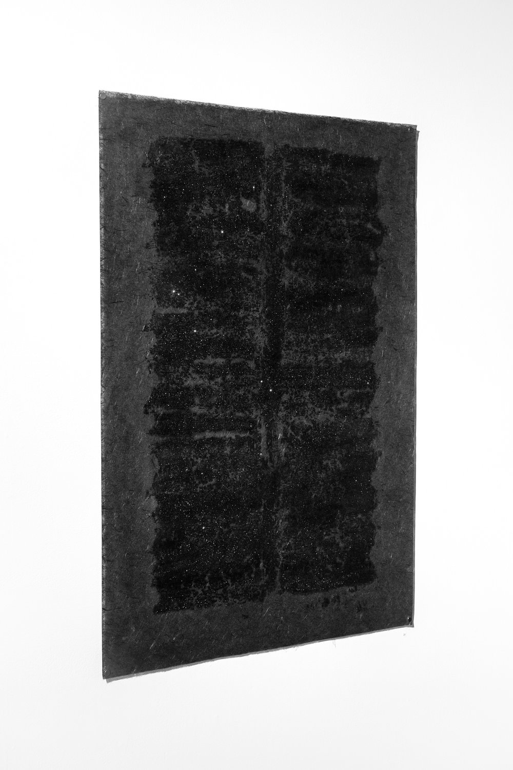 Gwen Tatro / Ore/gin – Black #5 / rolled driftwood oil-ink relief print on black Kozu rice paper with crushed tinted glass / 26 in x 36 in / 2018