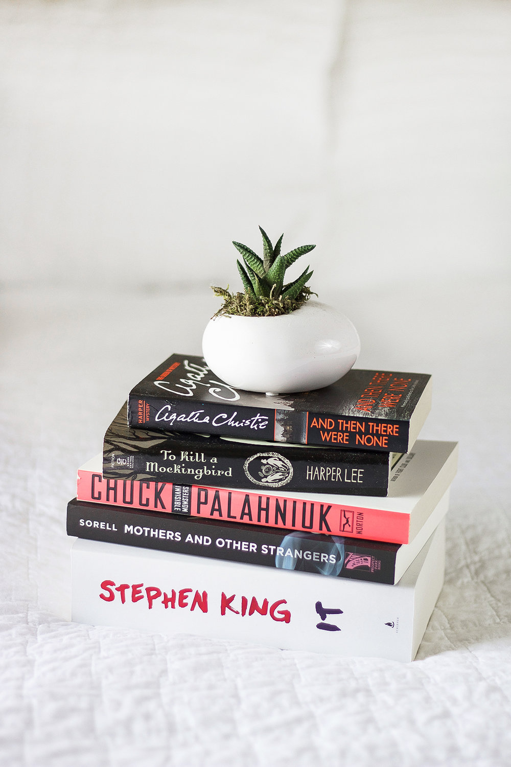 A Summer Reading List | A Girl, Obsessed