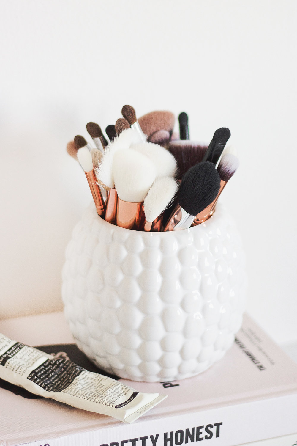 10 Makeup Brushes Every Girl Should Own | A Girl, Obsessed