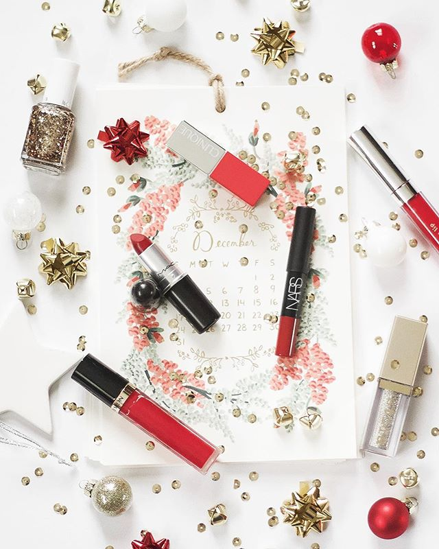 Can you guys believe we're only a week away from Christmas? I'm so sad to see the holidays come to an end, so I'm making sure this week on AGO is as festive as possible. Today, I'm talking a bit about finding the perfect Christmas red lip color. Which one do you think I picked? 💋