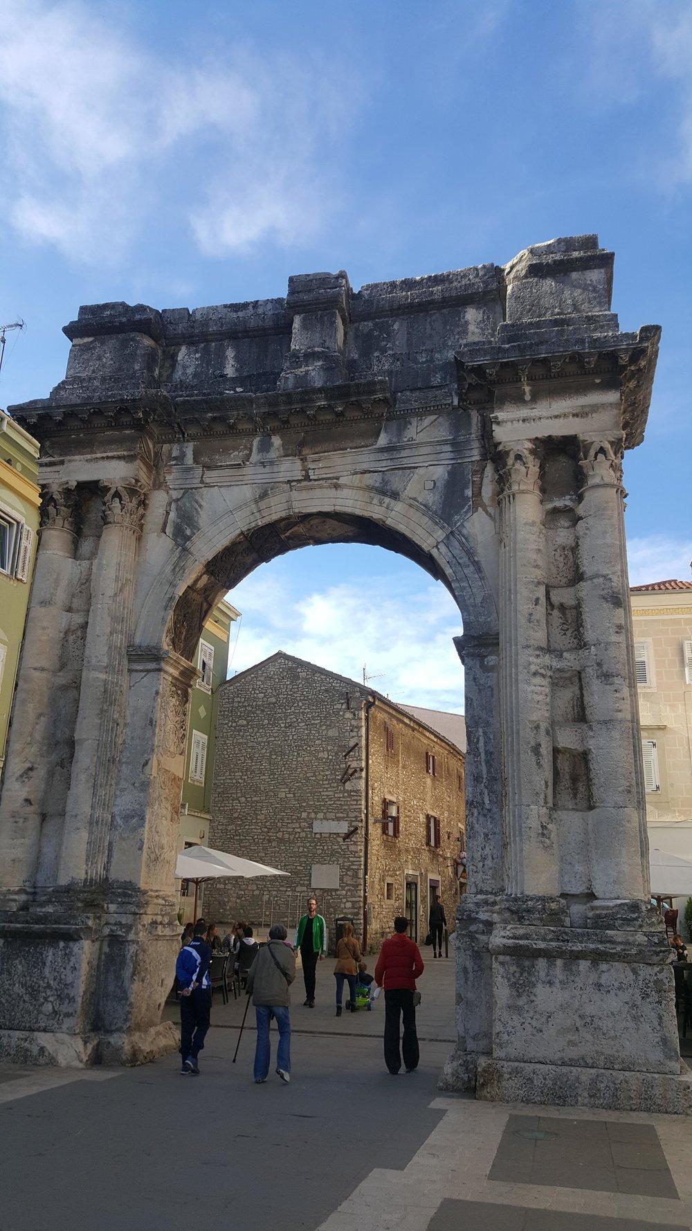 Arch of Sergeii