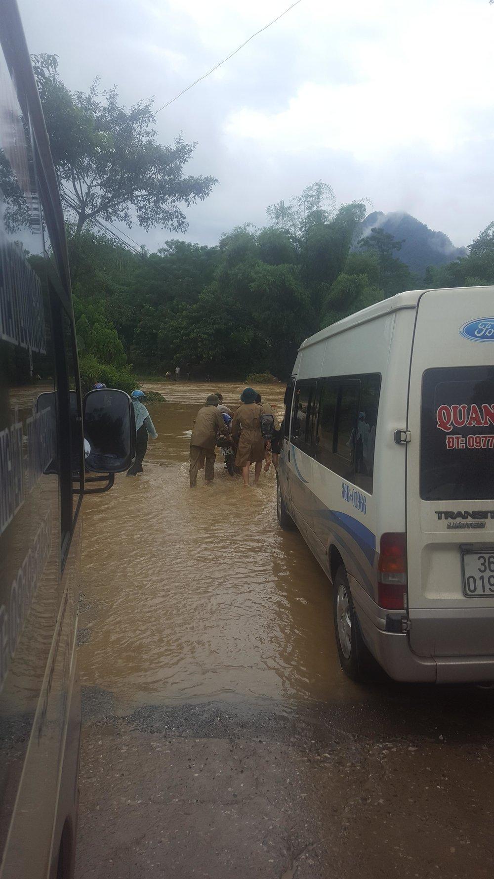 vietnam-road-waterfall2.jpg