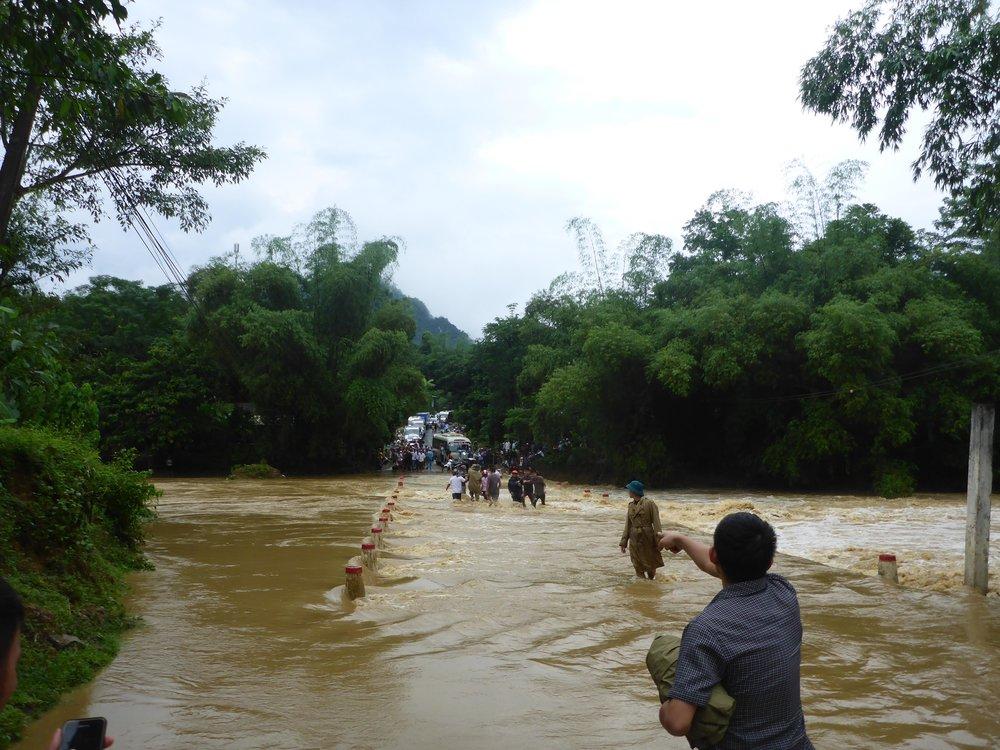 vietnam-road-waterfall.jpg