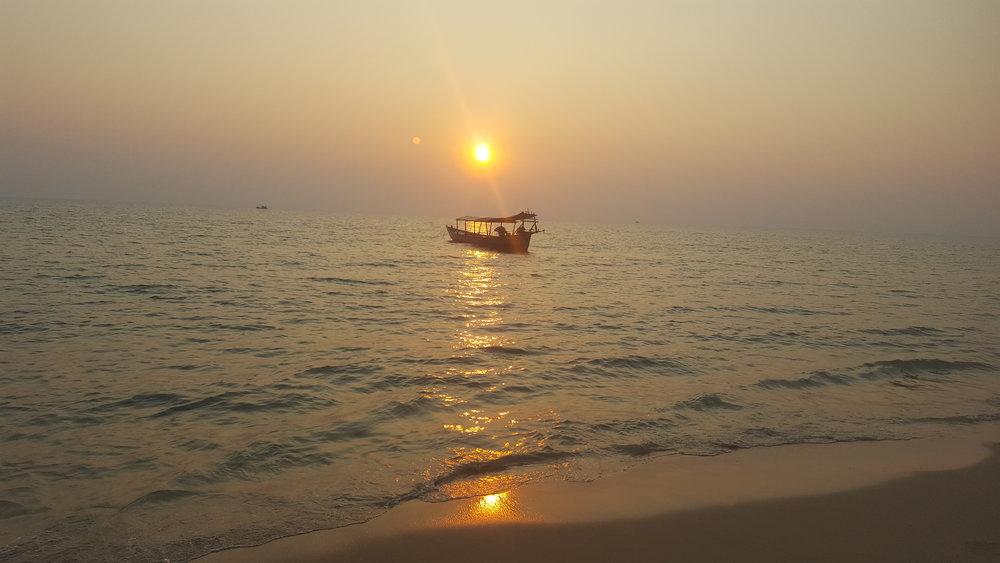 otres-beach-1-sunset.jpg