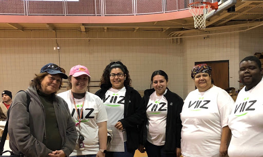 The viiz team ready to board the bus.