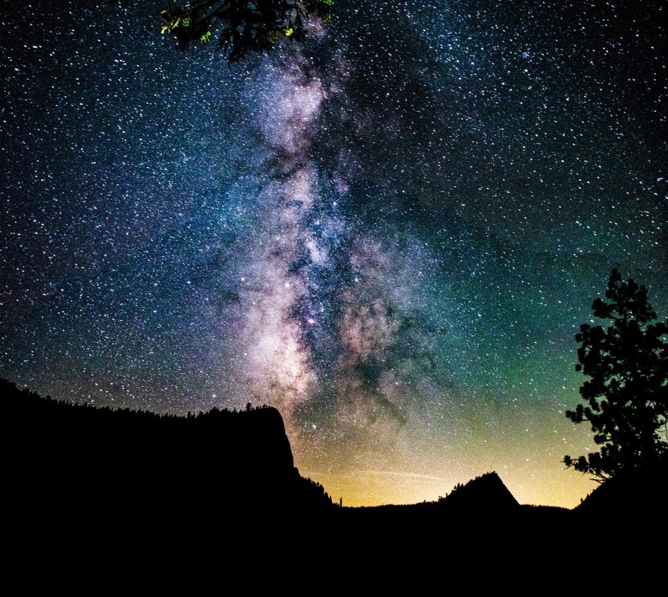 The galaxy above Lover's Leap. (Photo by Considine Media)