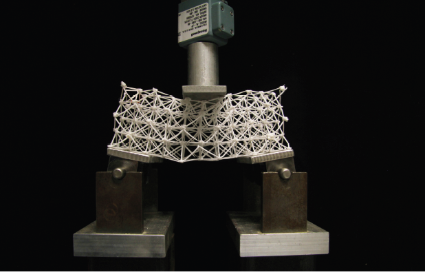 Physical three point bending test for a rectangular octahedral lattice structure