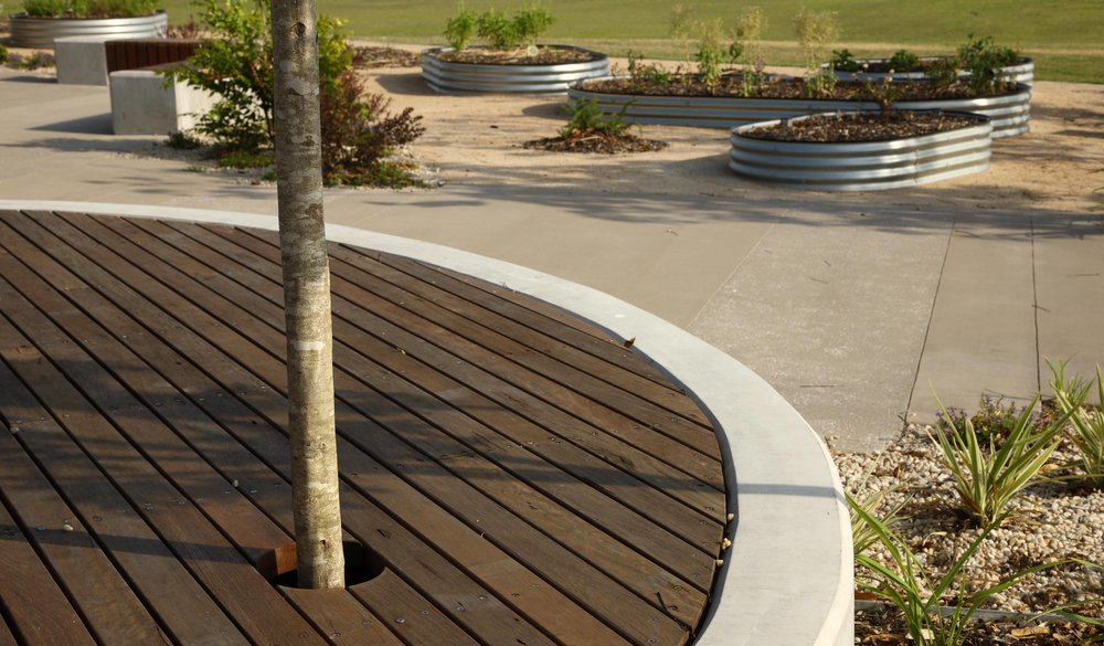 Northshore-Community-Centre-Guymer-Bailey-Landscape-05.jpg