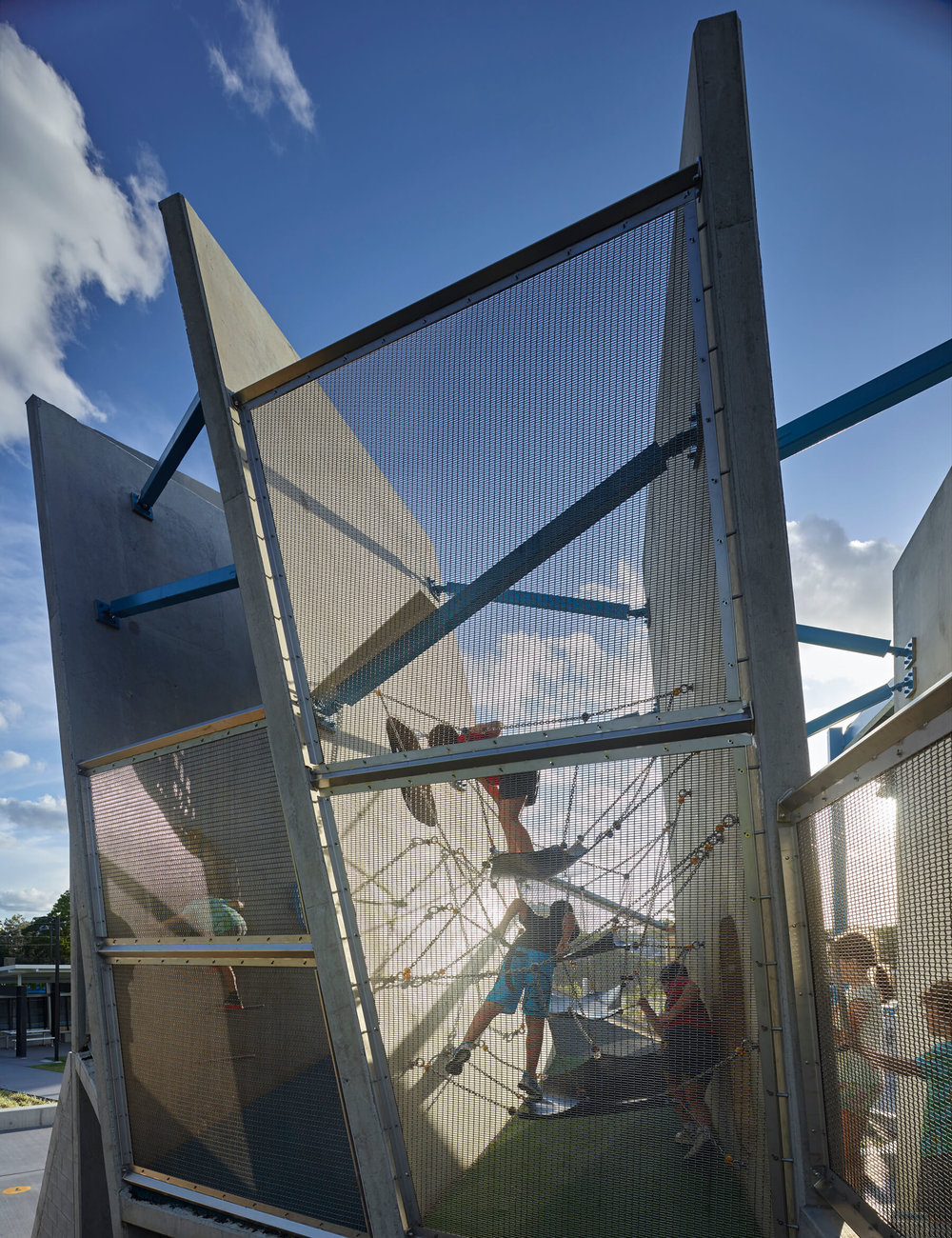 Frew-park-arena-playground-guymer-bailey-12.jpg