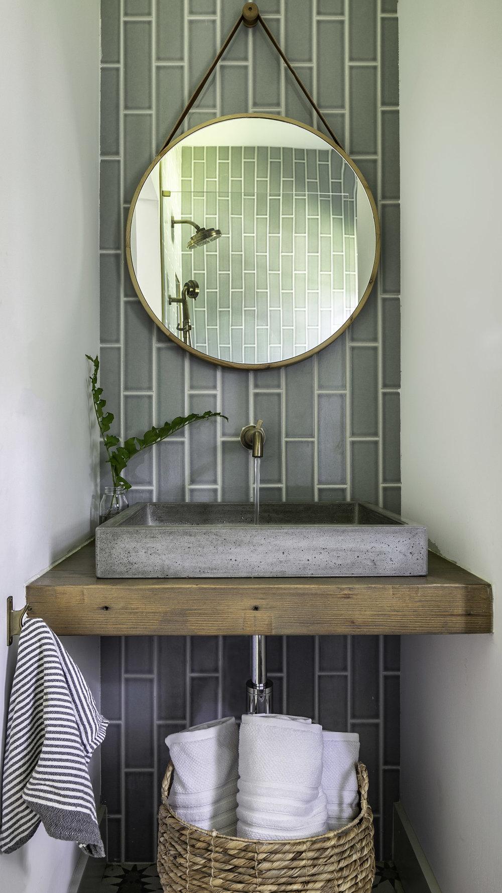 Bathroom by Alison Giese Interiors.jpg