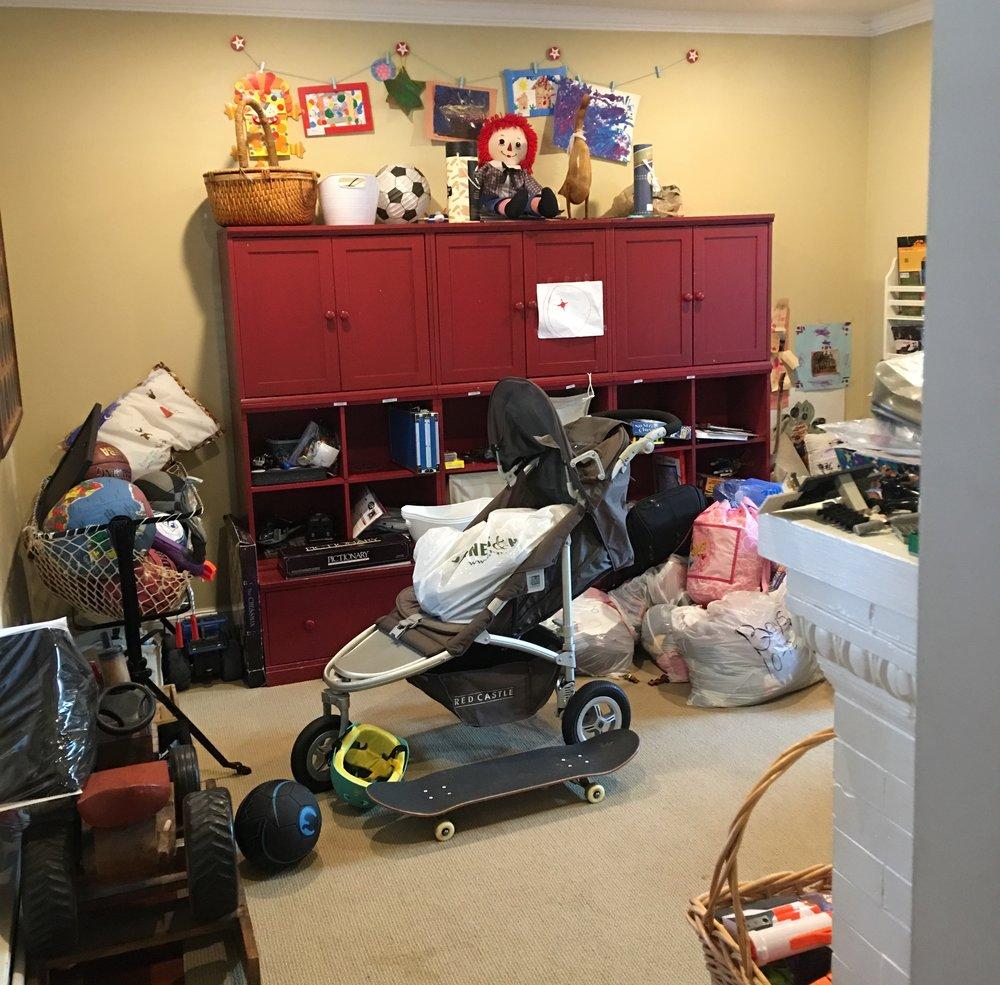 Bungalow playroom before.JPG
