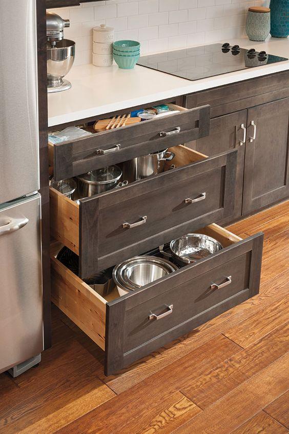 Pic: Aristokraft Cabinetry