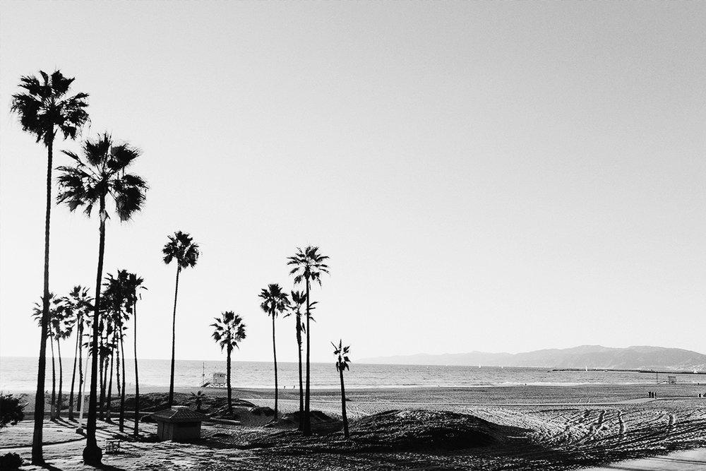 bw-beach.jpg