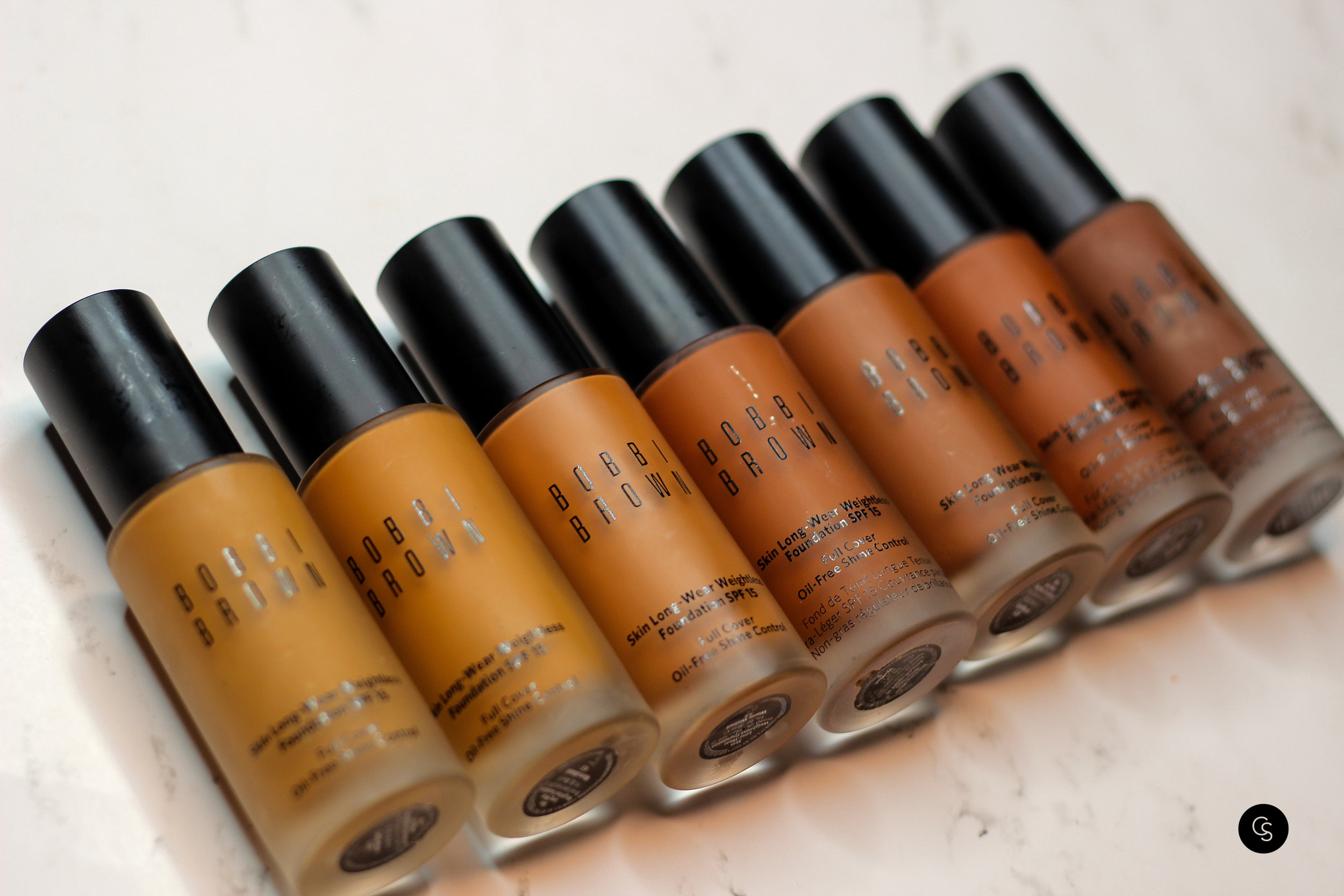 Skin Long Wear Weightless Foundation Bobbi Brown Cocoa Swatches