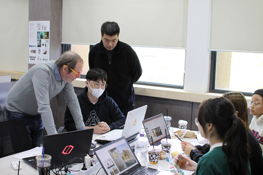 Seoul: Workshop on Crime Prevention at the Kaywon Design University