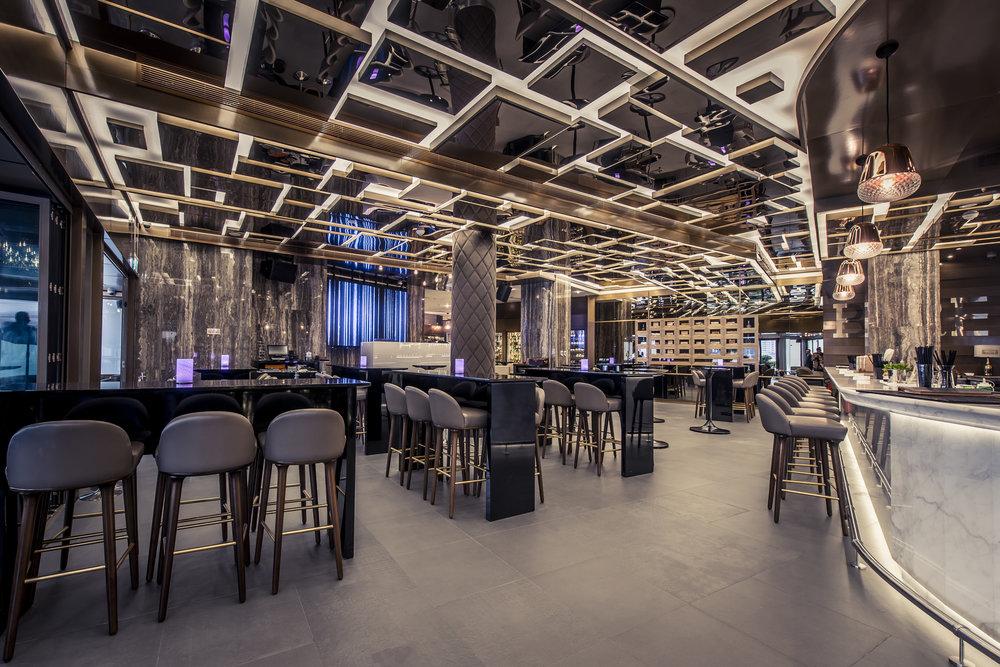 31._Roberto's_Abu_Dhabi_Bar[1].jpg